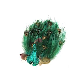 BIRD GREEN FEATHER ON CLIP