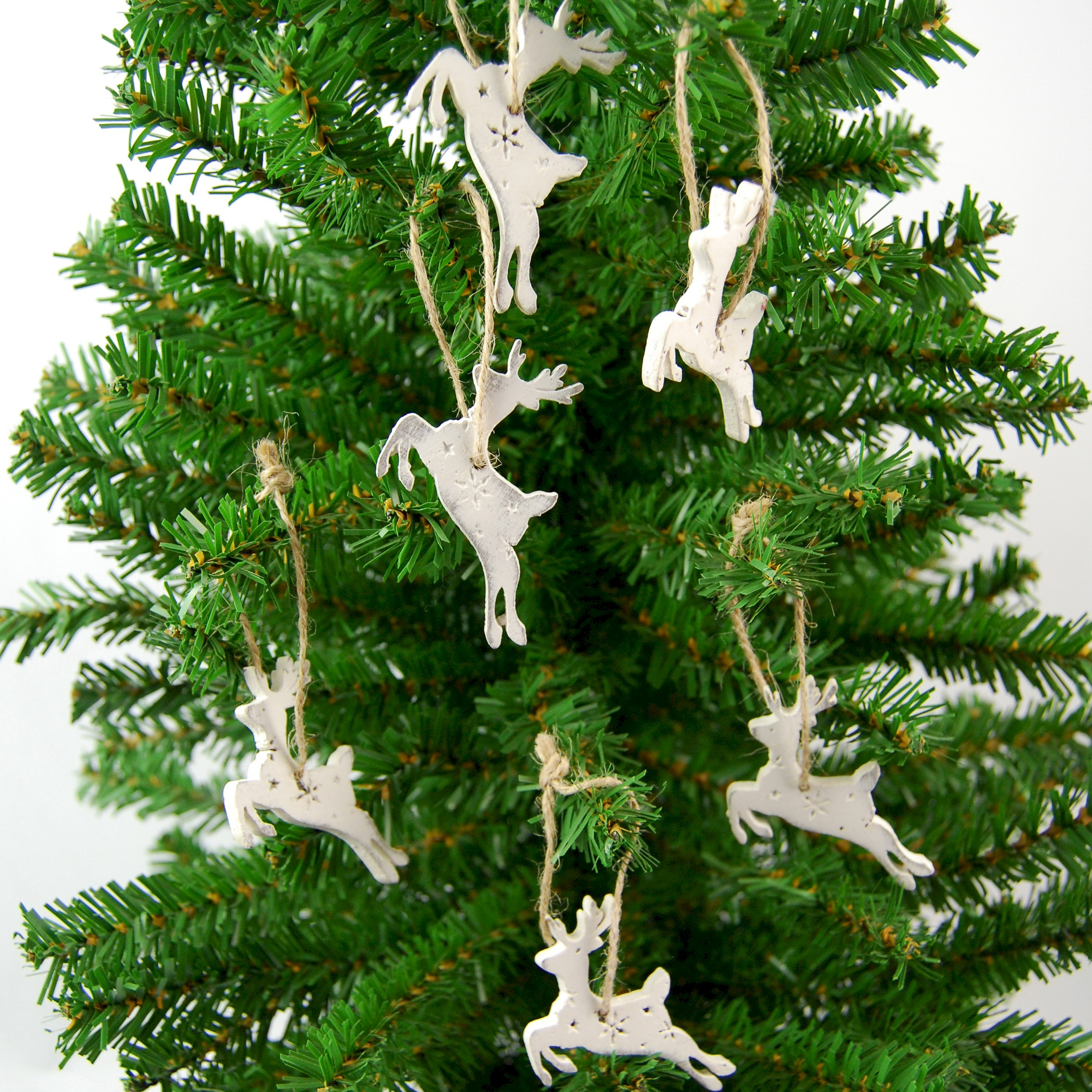 HANG. WHITE WOOD TREE DECS