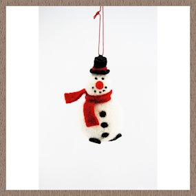 HANGING SNOWMAN W/TOP HAT & SCARF