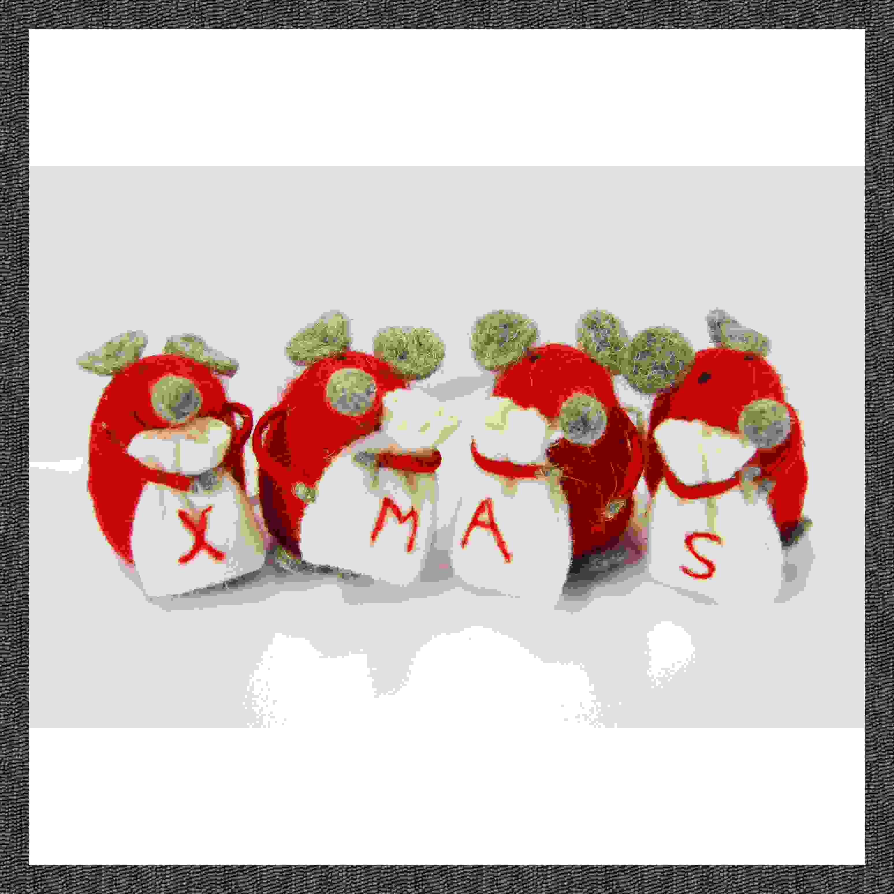 SET OF 4 MICE CARRYING XMAS SACKS