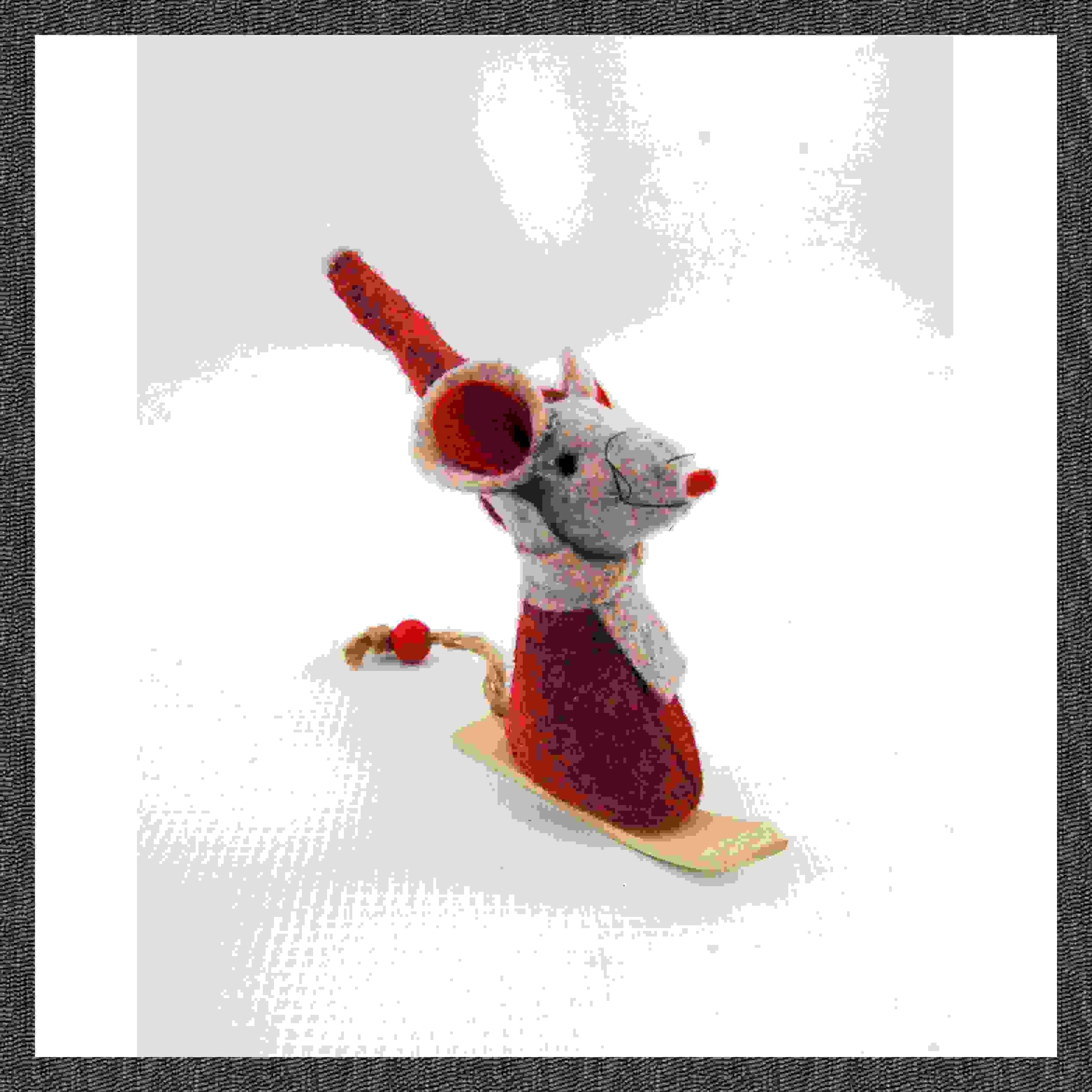 STAND SNOWBOARDING MOUSE 8cm RED