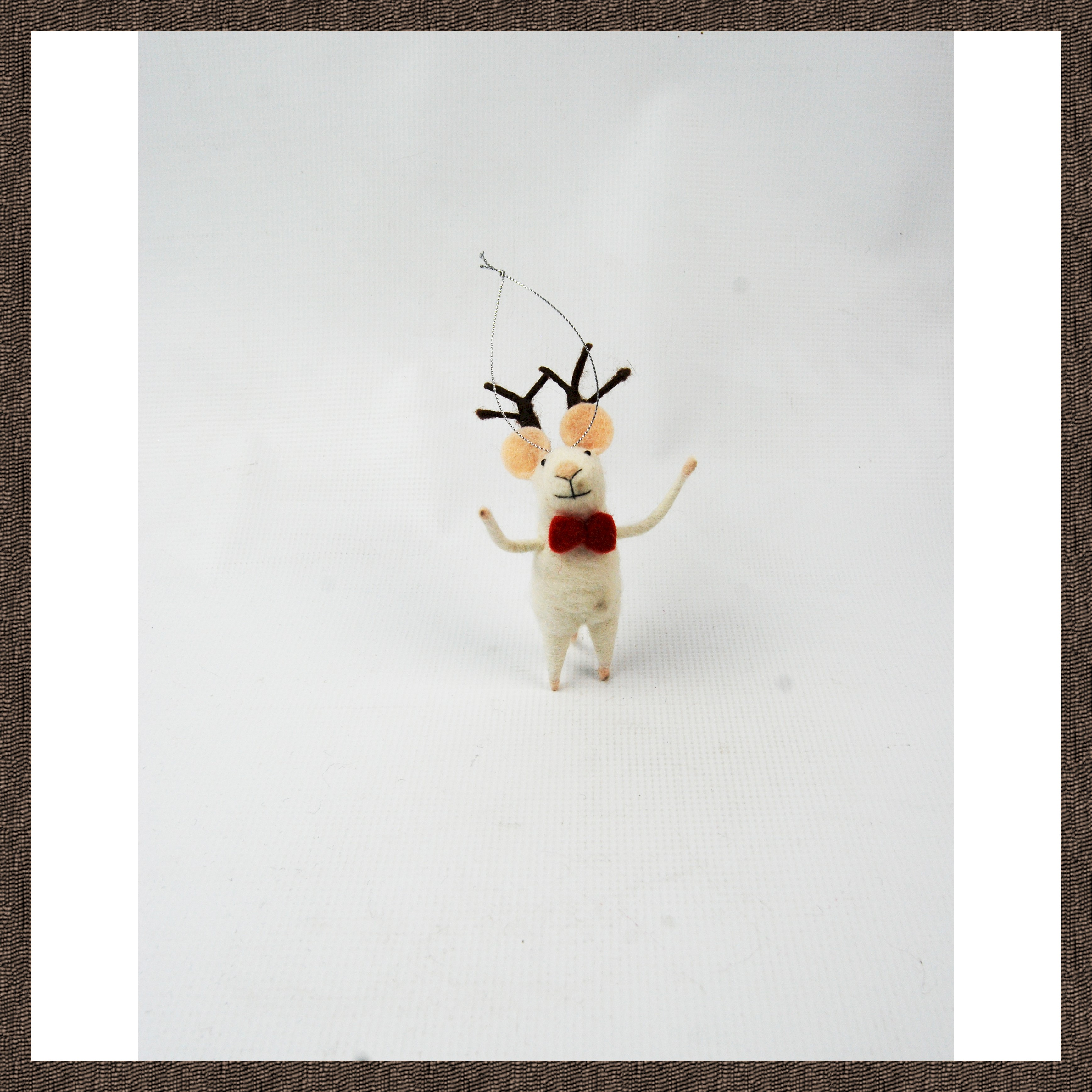 STANDING MOUSE w/ANTLERS