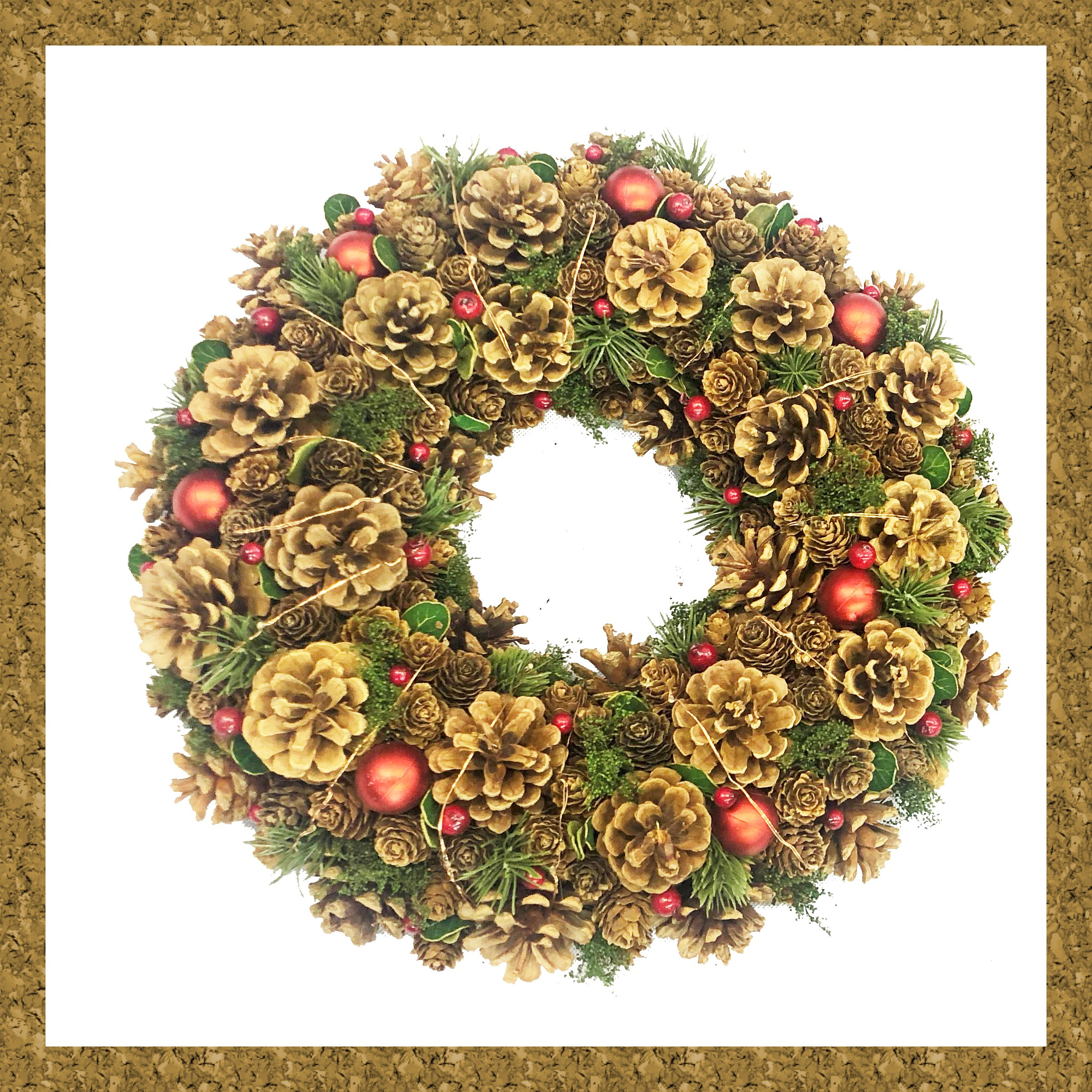 WREATH 34CM RED BERRY/CONE